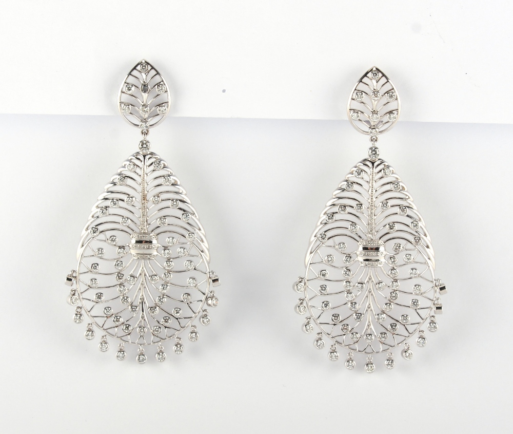 A large pair of 18ct gold diamond openwork earrings, of stylised veined leaf design set with diamond - Image 3 of 4