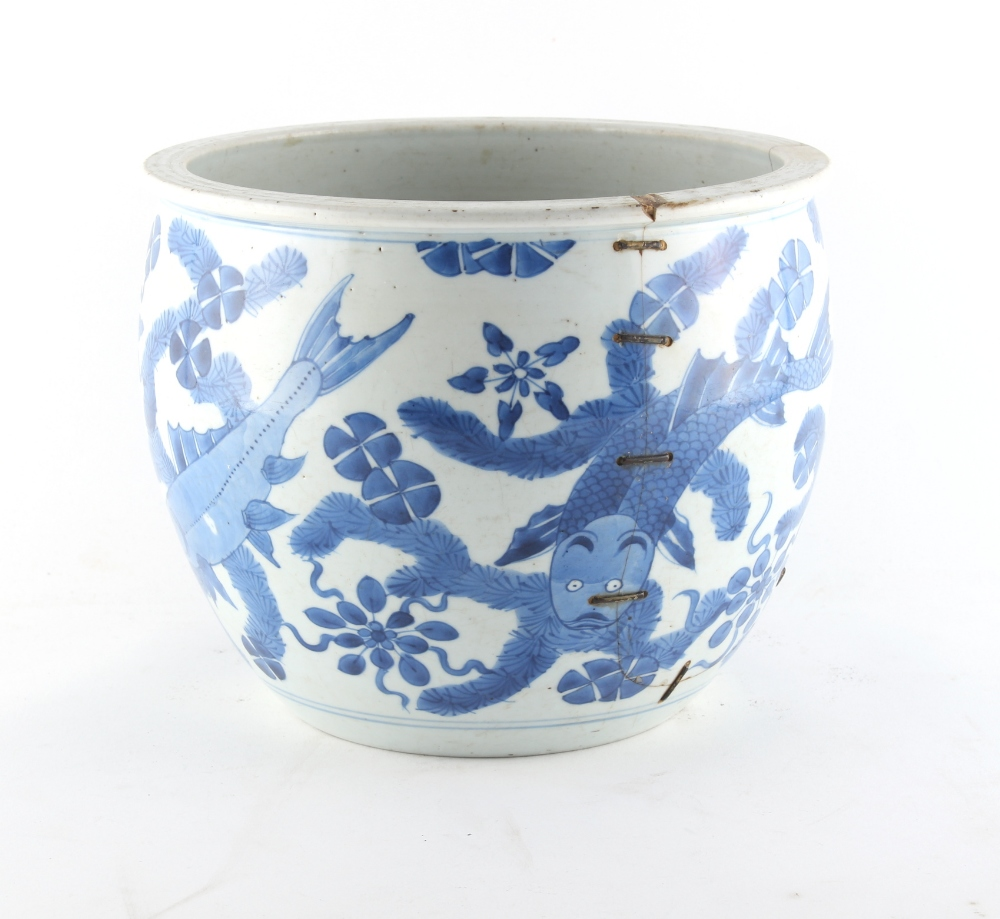 Property of a lady - a 19th century Chinese blue & white fish bowl planter, painted with a - Image 4 of 4