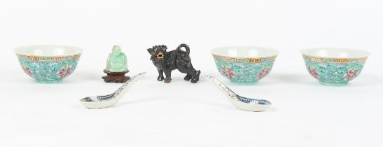 Property of a gentleman - a small quantity of Chinese items including a set of three famille rose