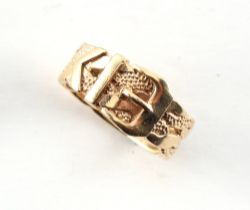 A gentleman's 9ct gold buckle ring, size Y, boxed.