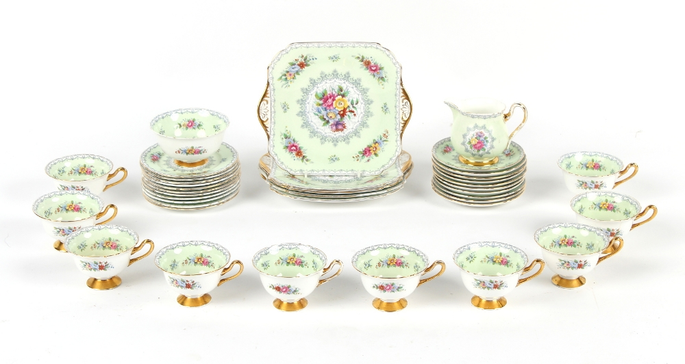 A Shelley Crochet pattern thirty-eight piece tea set (two cups with hairline cracks) (38).