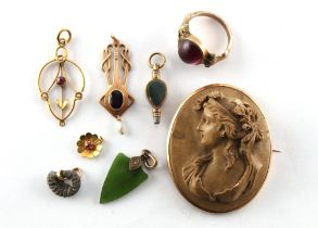 A bag containing assorted jewellery including an Art Nouveau 15ct gold amethyst & pearl pendant.