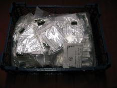 A Quantity of Darstead 'Trains De Luxe' Ungraded Capacitors, suitable for 'O' Gauge Darstead MKI