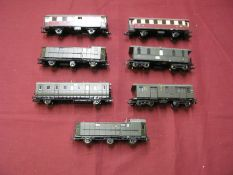"Seven""HO"" Gauge Outline German Rolling Stock Items, 4, 6 and 8 wheel variants, both green, crimson"