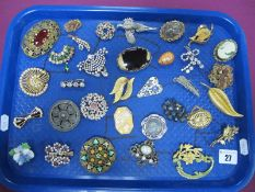 Assorted Costume Brooches, including A.R. Brown pewter brooch, dress clips etc :- One Tray