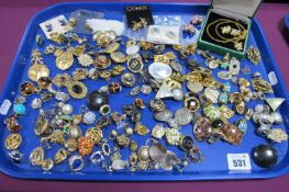 A Large Collection of Assorted Clip Earrings, (unpierced) :- One Tray