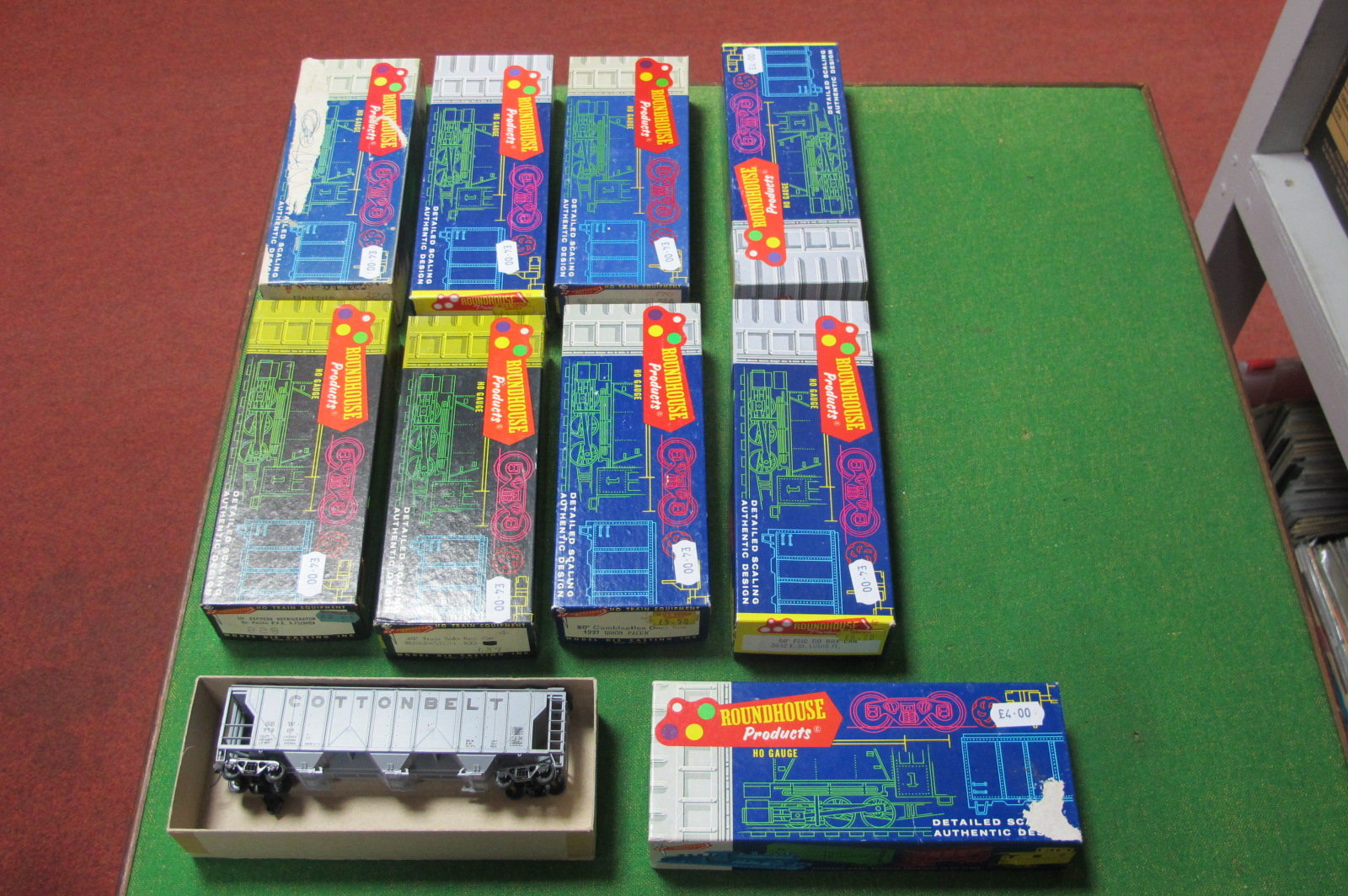 Nine 'HO' Scale American Outline Roundhouse Kits, all rolling stock, all made up, boxed.