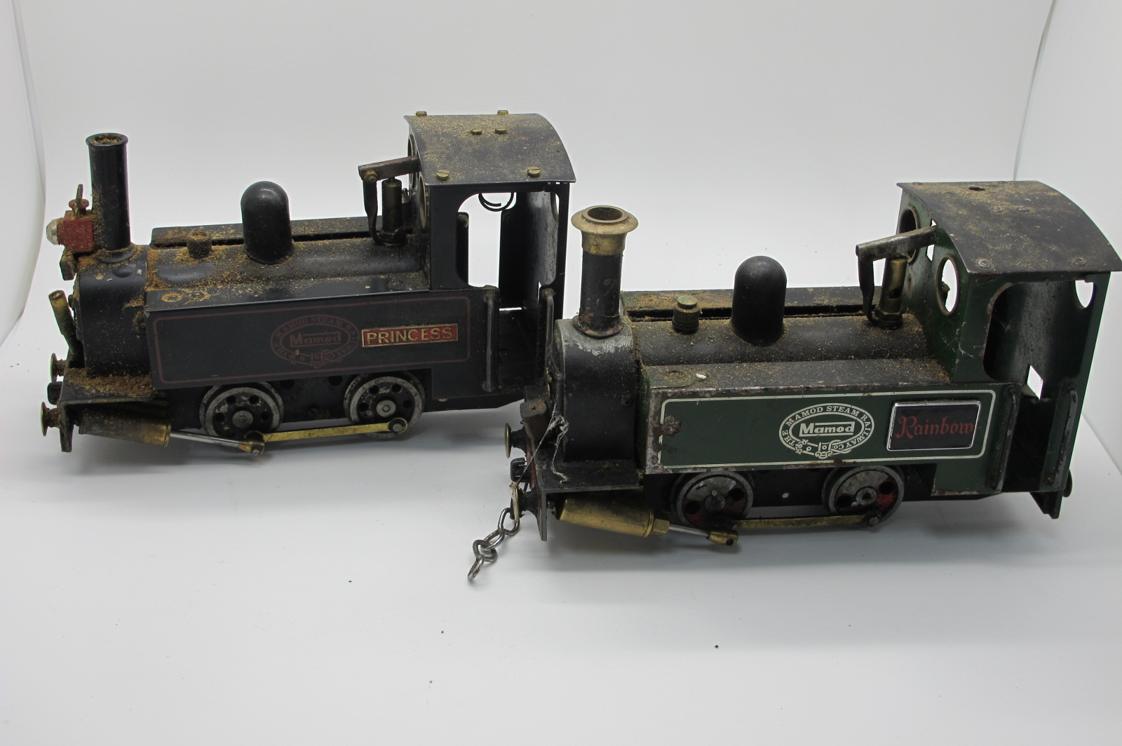 Two Mamod Live Steam 0-4-0 Locomotives, playworn, modified, parts missing, damaged.