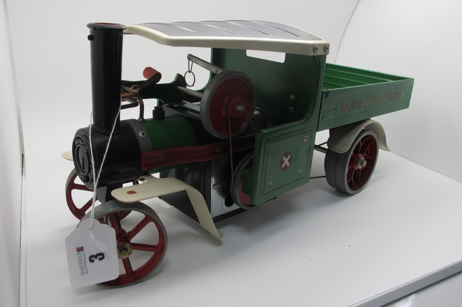 A Mamo SWI Steam Wagon, green finish with black roof, appears complete, including burner, appears to