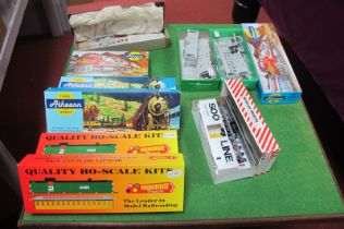 Ten Various 'HO' Scale American Outline Rolling Stock Kits, by Athearn, Roundhouse and others,