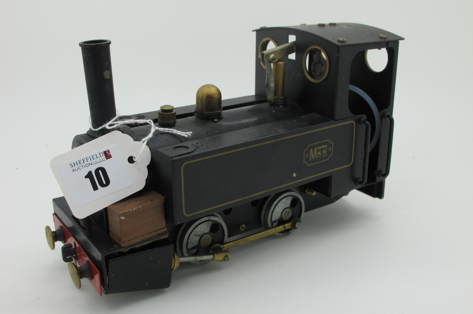 A Mamod 0-4-0 Live Steam Live Steam Locomotive, in black, used and playworn.