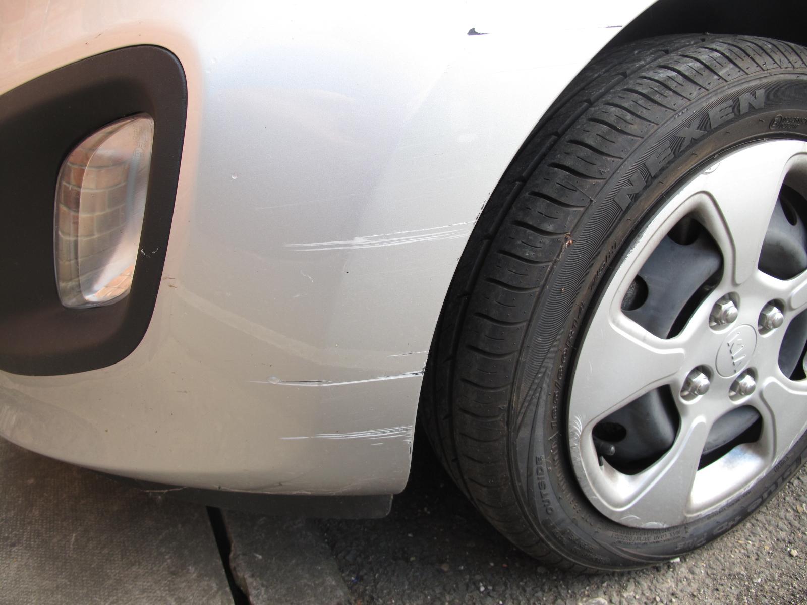 [YR12 YCN] 2012 Kia Picanto 1.0 petrol, 5-door hatchback in Silver, 13,787 Miles, 1 previous keeper, - Image 5 of 6