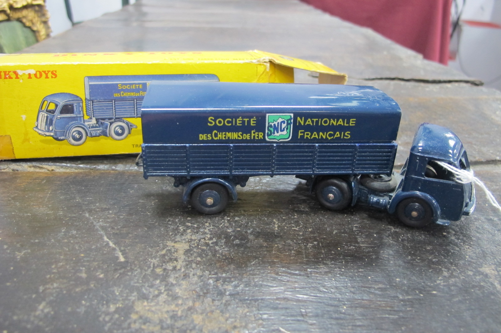Dinky toys, French Tracteur Panhard, 32 AB, in original box (sellotape).