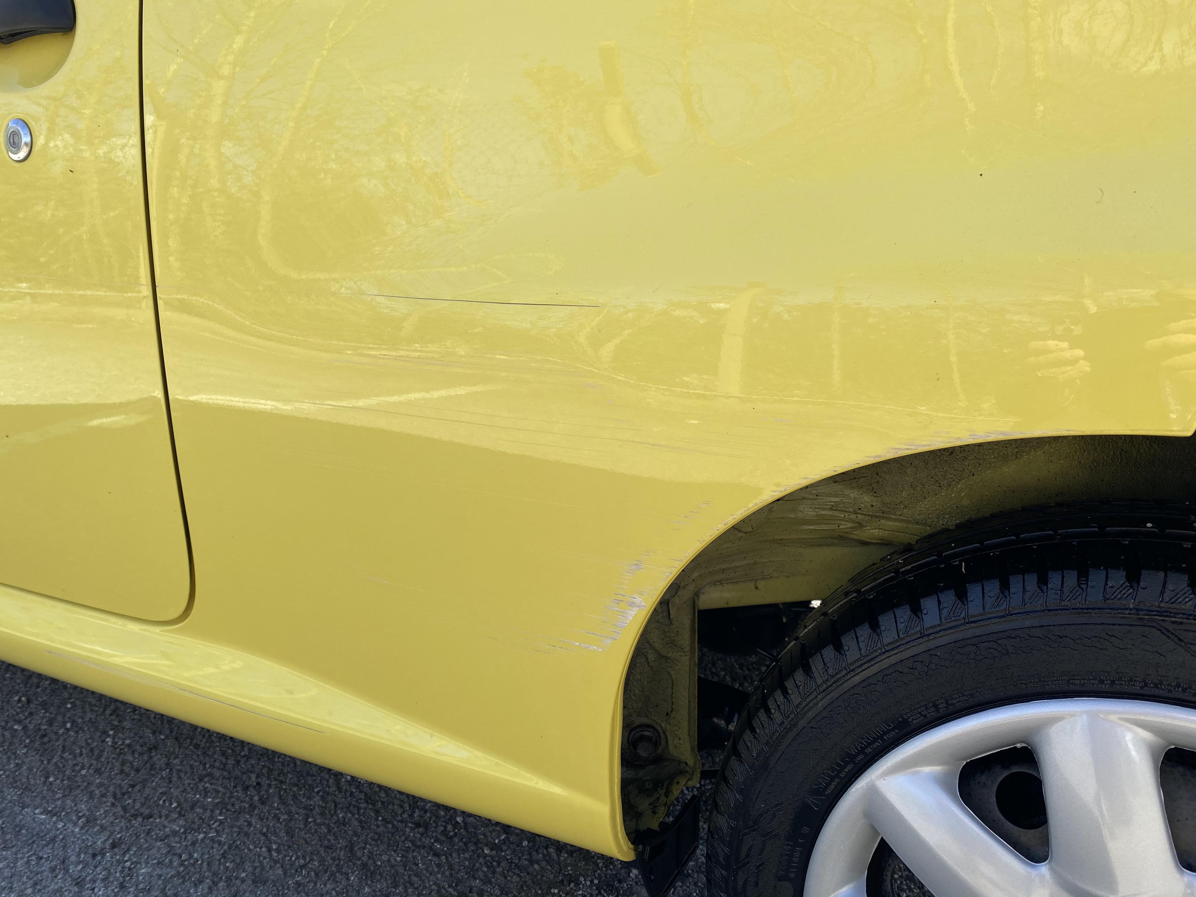 [MA61 KPU] 2011 Peugeot 107 1.0 Urban Lite 3-door hatchback in Yellow, 9,167 Miles, MOT expired - Image 7 of 7