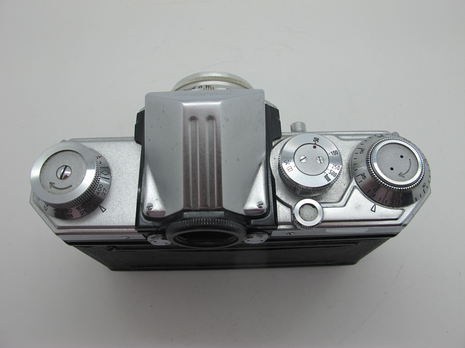 Saraber Goslar Finetta 88, Edika Flex, plus two other camera's in brown leather cases. (4) - Image 6 of 13