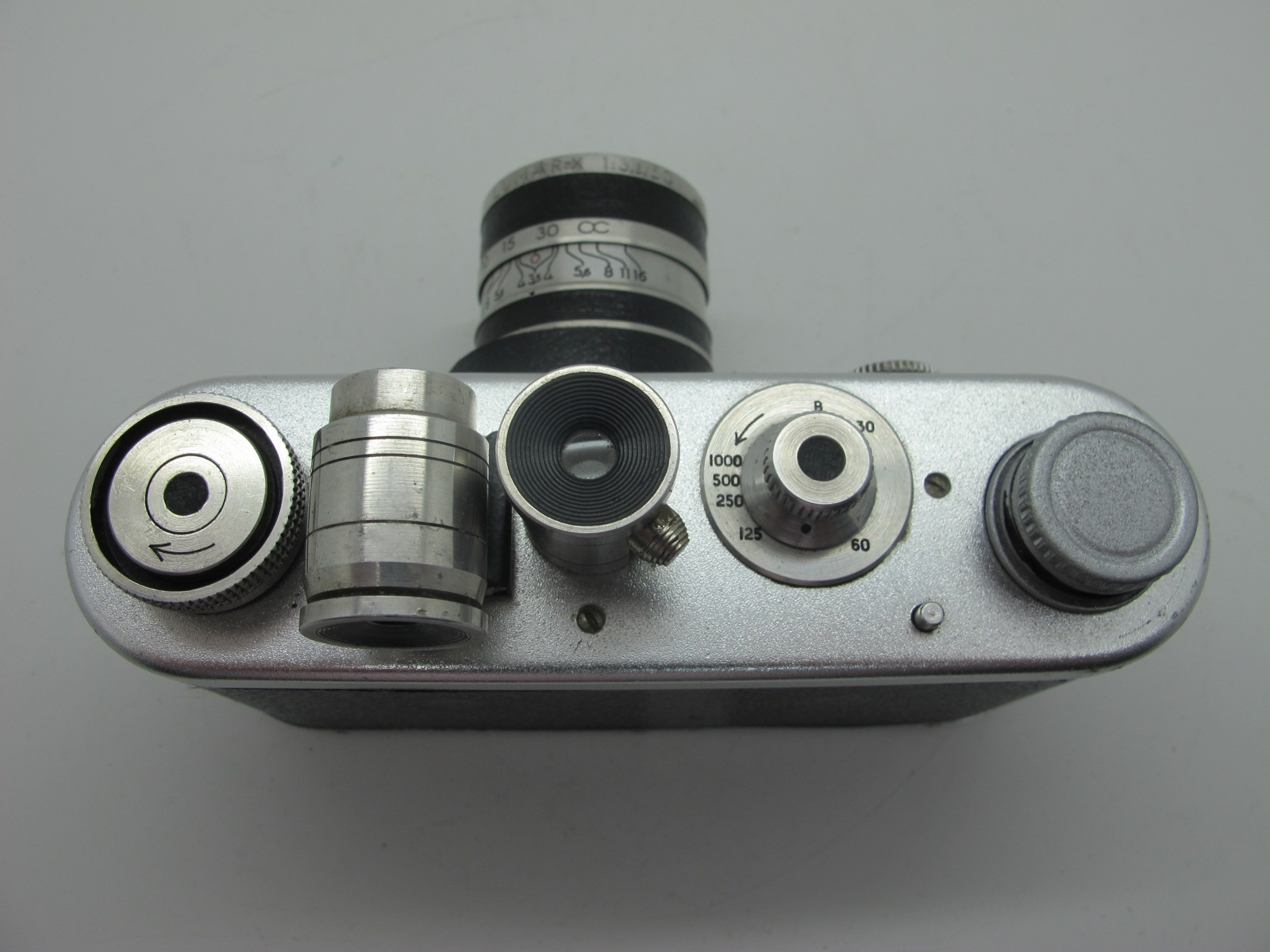 Saraber Goslar Finetta 88, Edika Flex, plus two other camera's in brown leather cases. (4) - Image 4 of 13