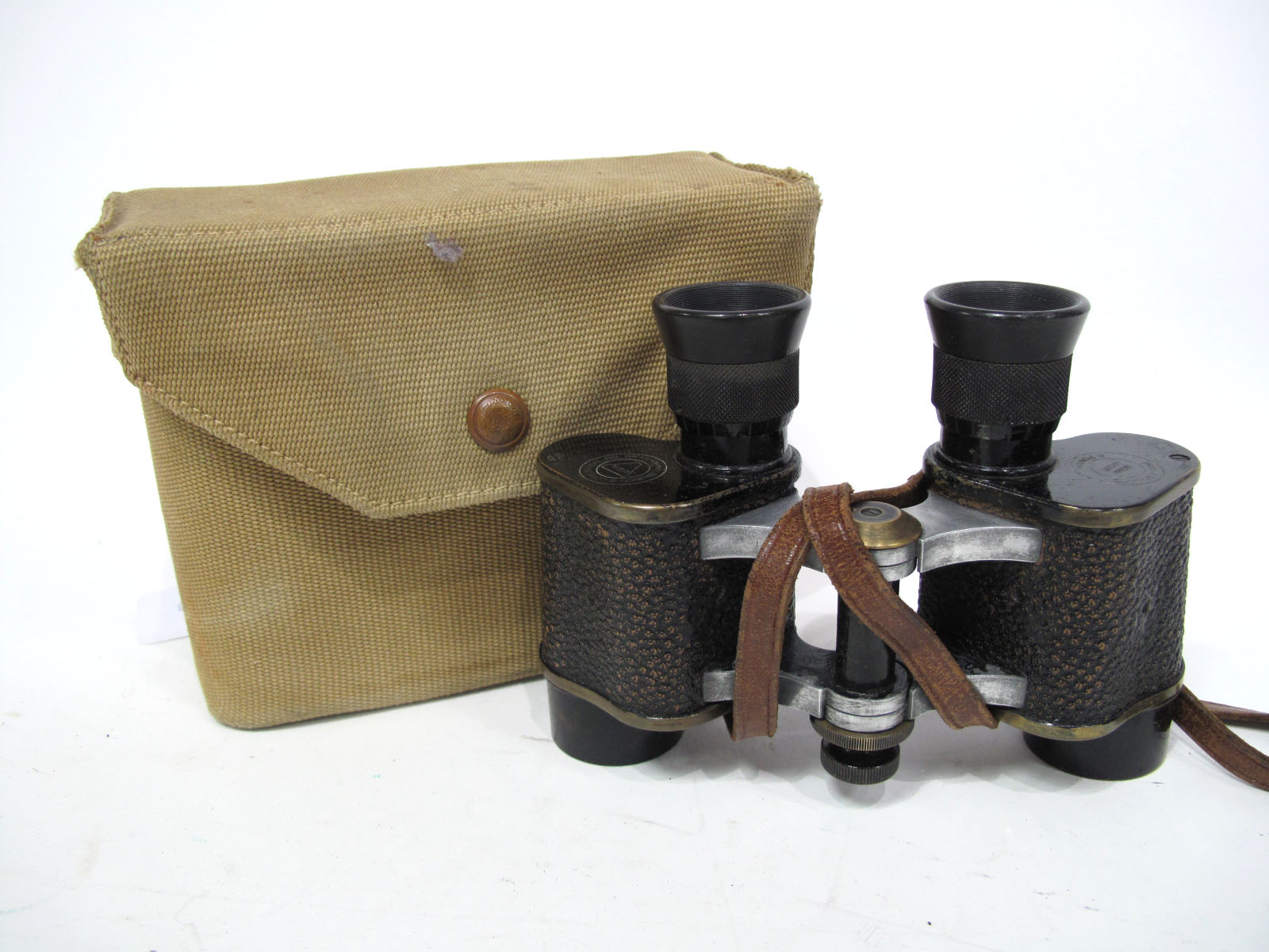 Military Binoculars US Army, Bausch and Lomb Optical Co. in canvas bag.