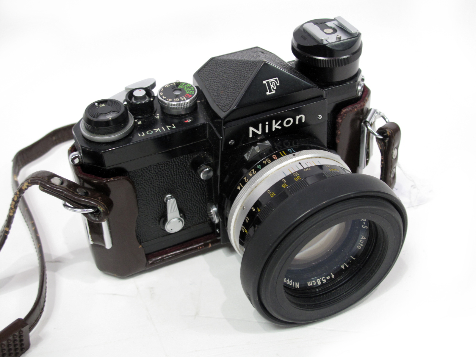 Nikon F Camera, with Nikkor-S Auto 1-14 f=5.8cm lens.