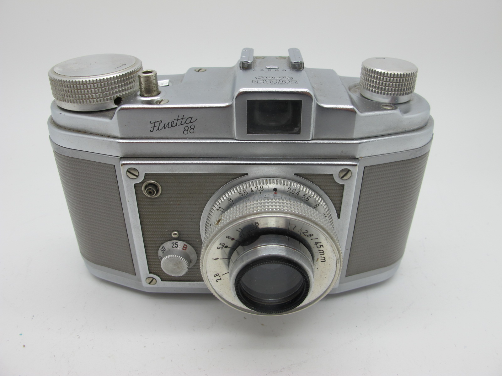 Saraber Goslar Finetta 88, Edika Flex, plus two other camera's in brown leather cases. (4) - Image 11 of 13