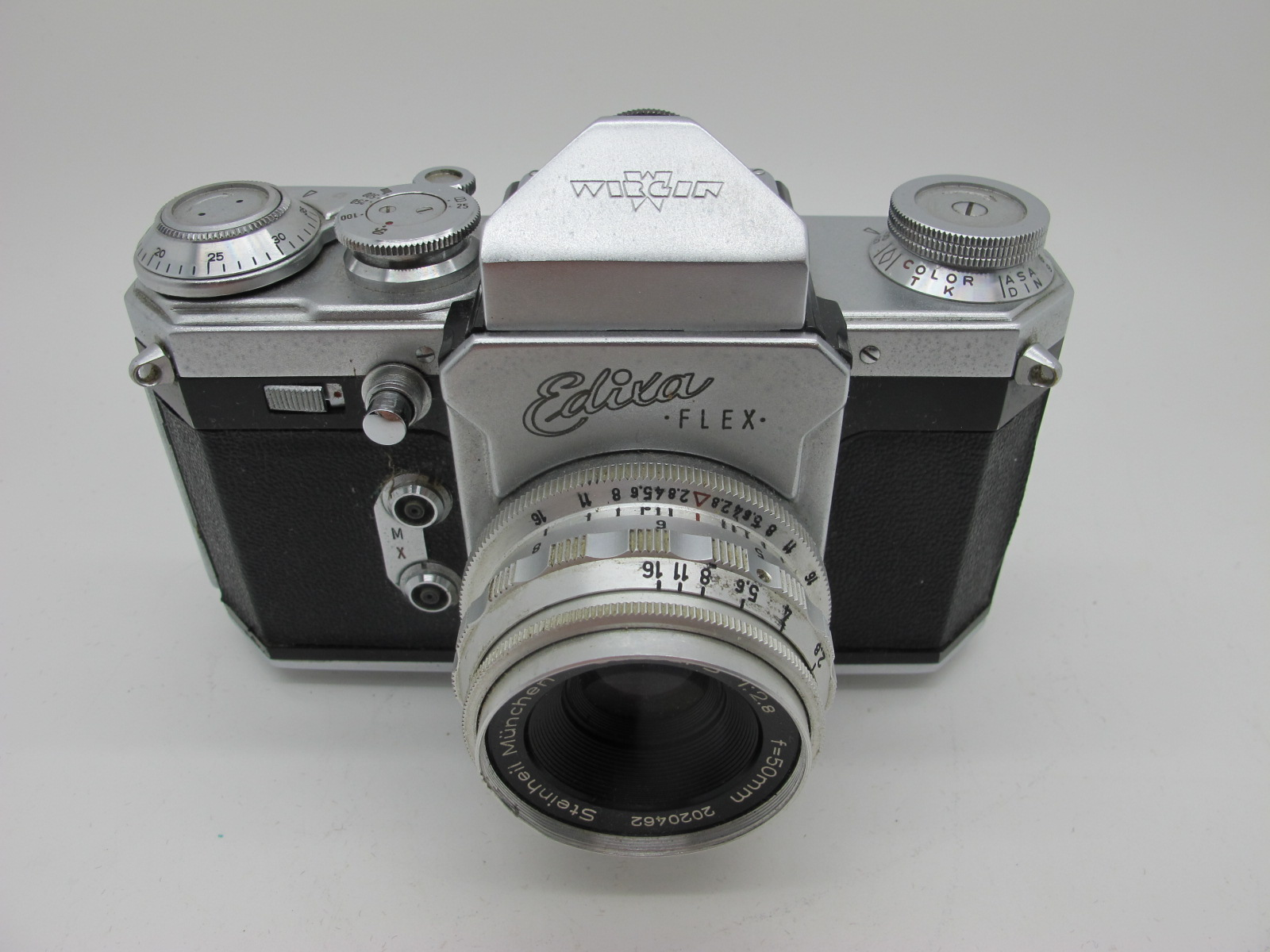 Saraber Goslar Finetta 88, Edika Flex, plus two other camera's in brown leather cases. (4) - Image 5 of 13