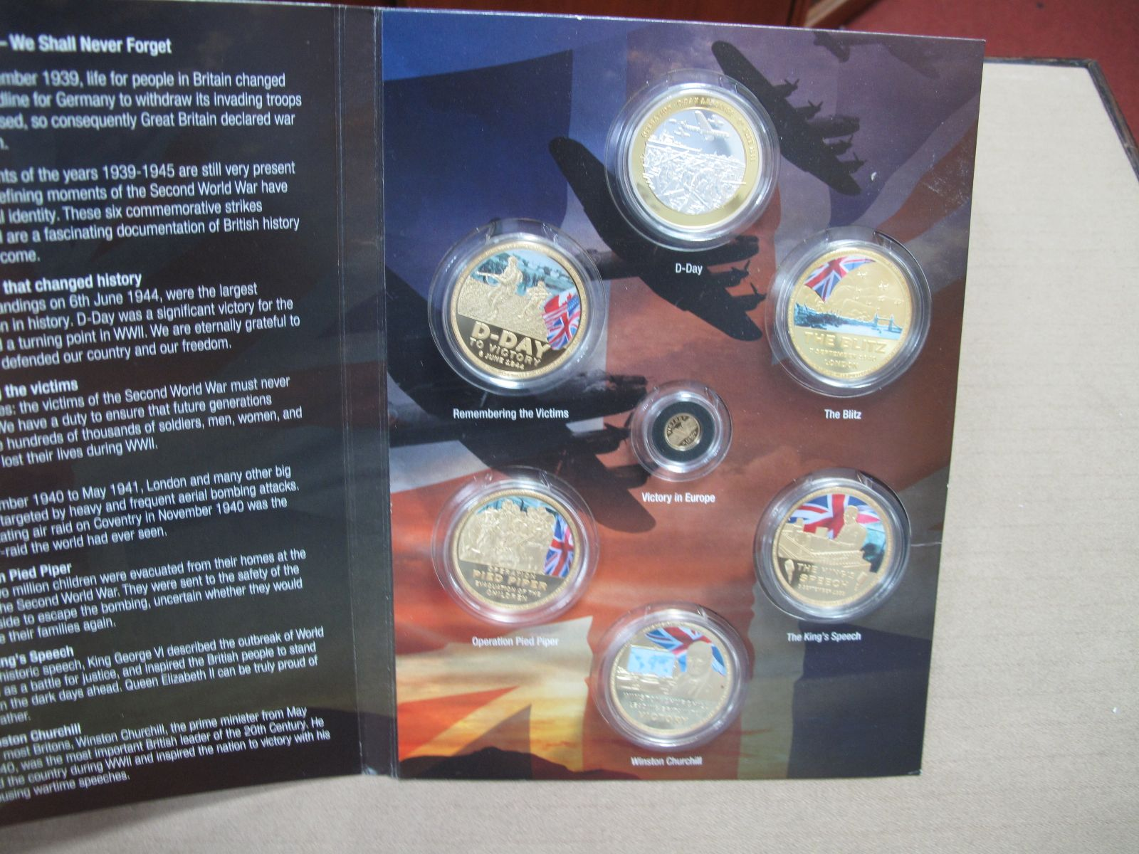 A 2019 Sir Winston Churchill Remembering WWII Commemorative Coin Set, full seven coin set