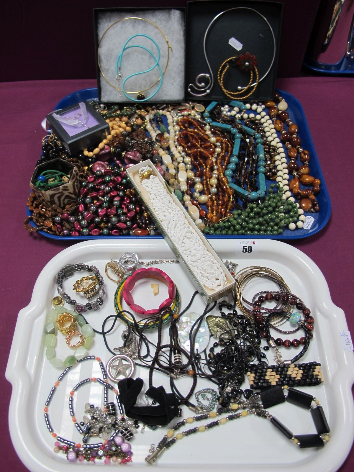 A Mixed Lot of Assorted Costume Jewellery, including bead necklaces, modern necklets, bracelets
