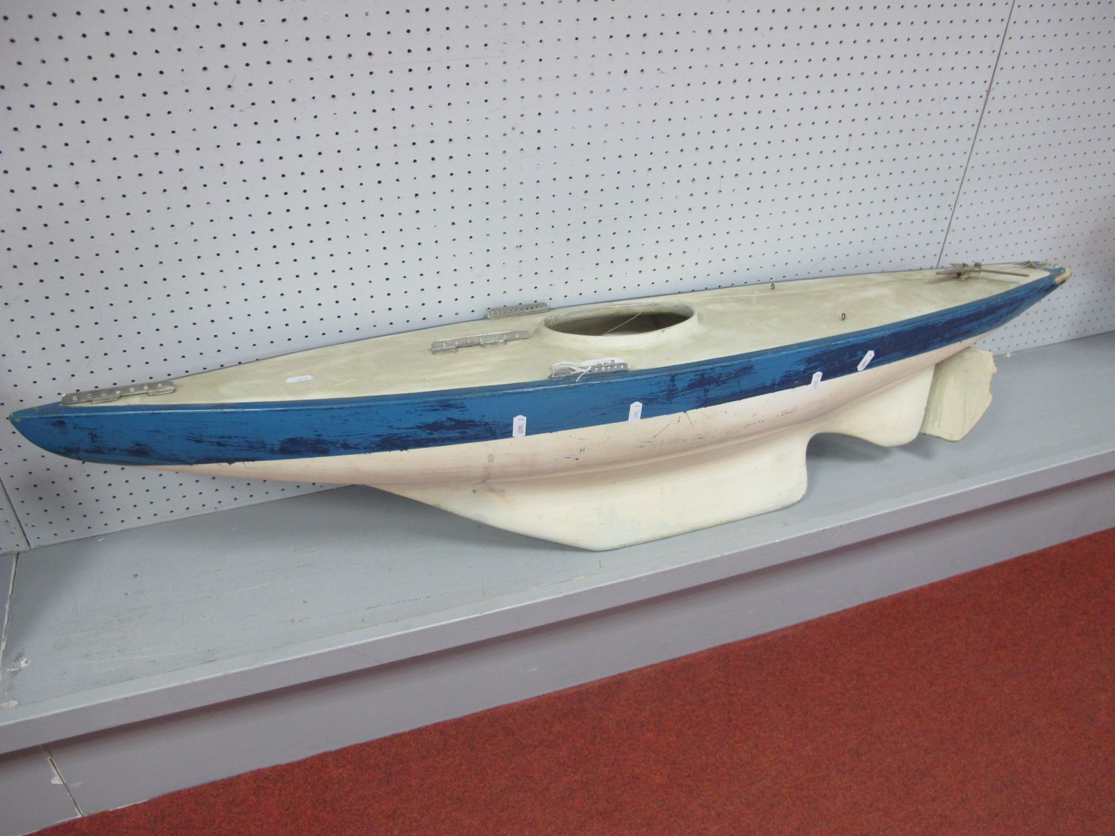 A Scratch Built Radio Control; Pond Yacht/Sail Yacht, no electronics present, will require full