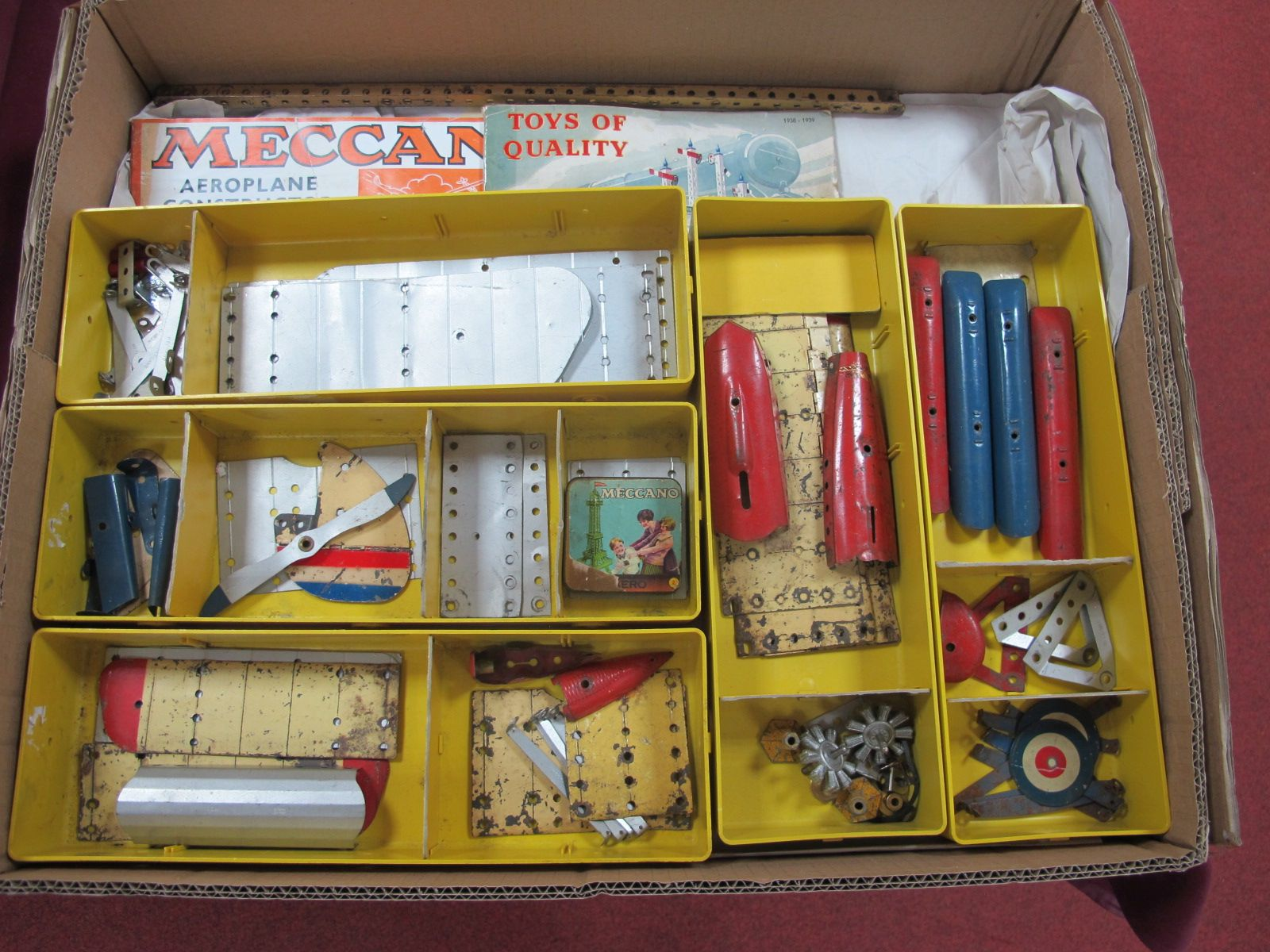A Quantity of Early Meccano, to include aeroplane constructor parts, include engines, wings,