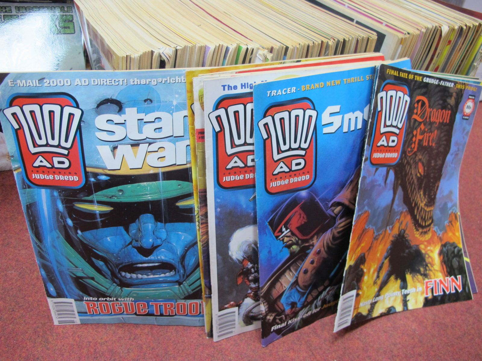 2000AD Judge Dredd Comics, approximately 200 issues/editions from #762 to #951, unchecked for