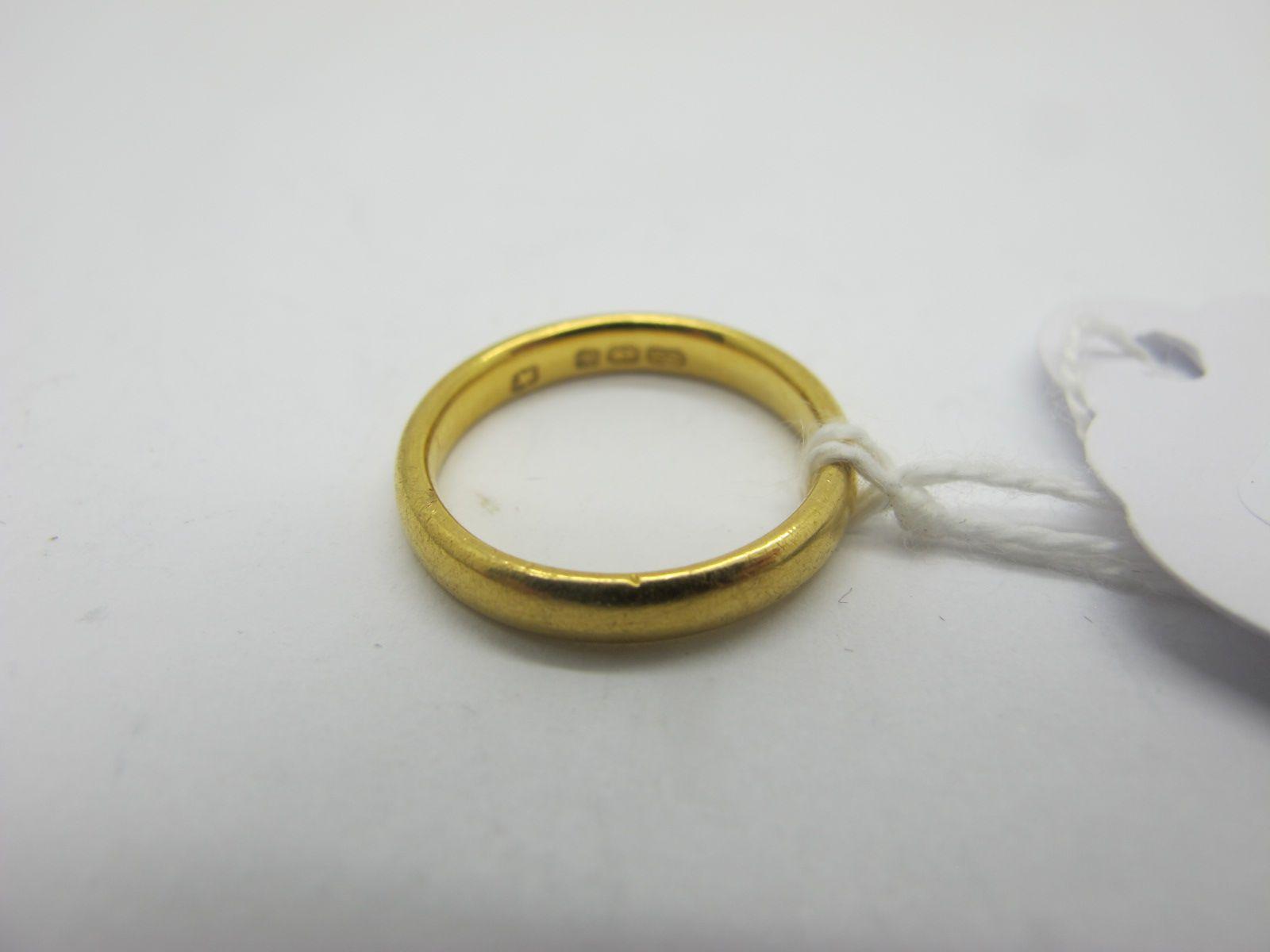 A 22ct Gold Plain Wedding Band, (finger size I) (3.4grams)