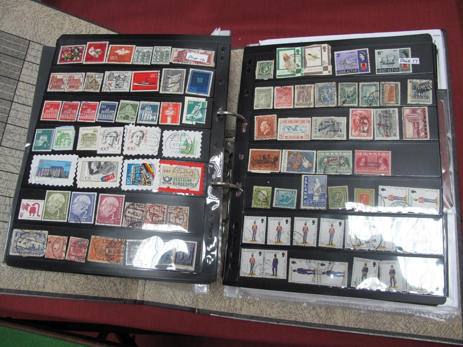 World Stamps Used on Hagner Leaves, a few thousands stamp, to sort.