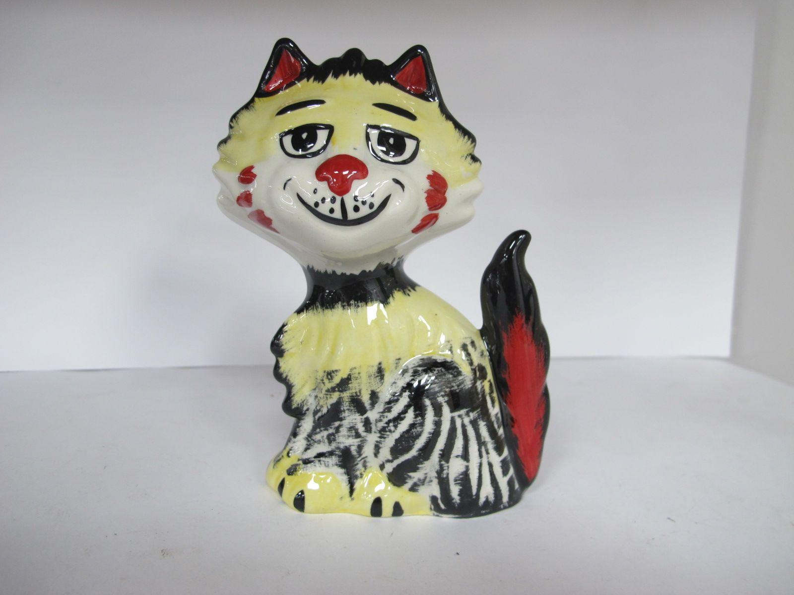 Lorna Bailey - Shaggy the Cat, 13cm high.