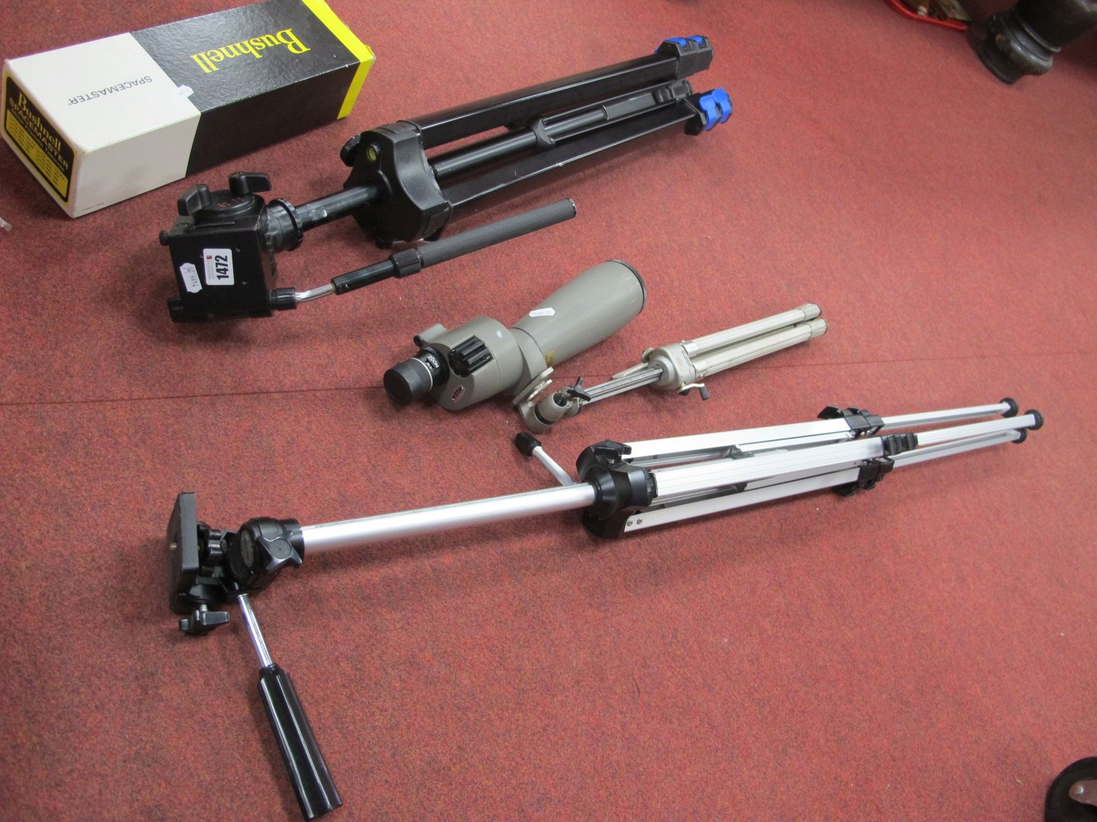 Bushell Spacemaster, together with two camera stands. (3)