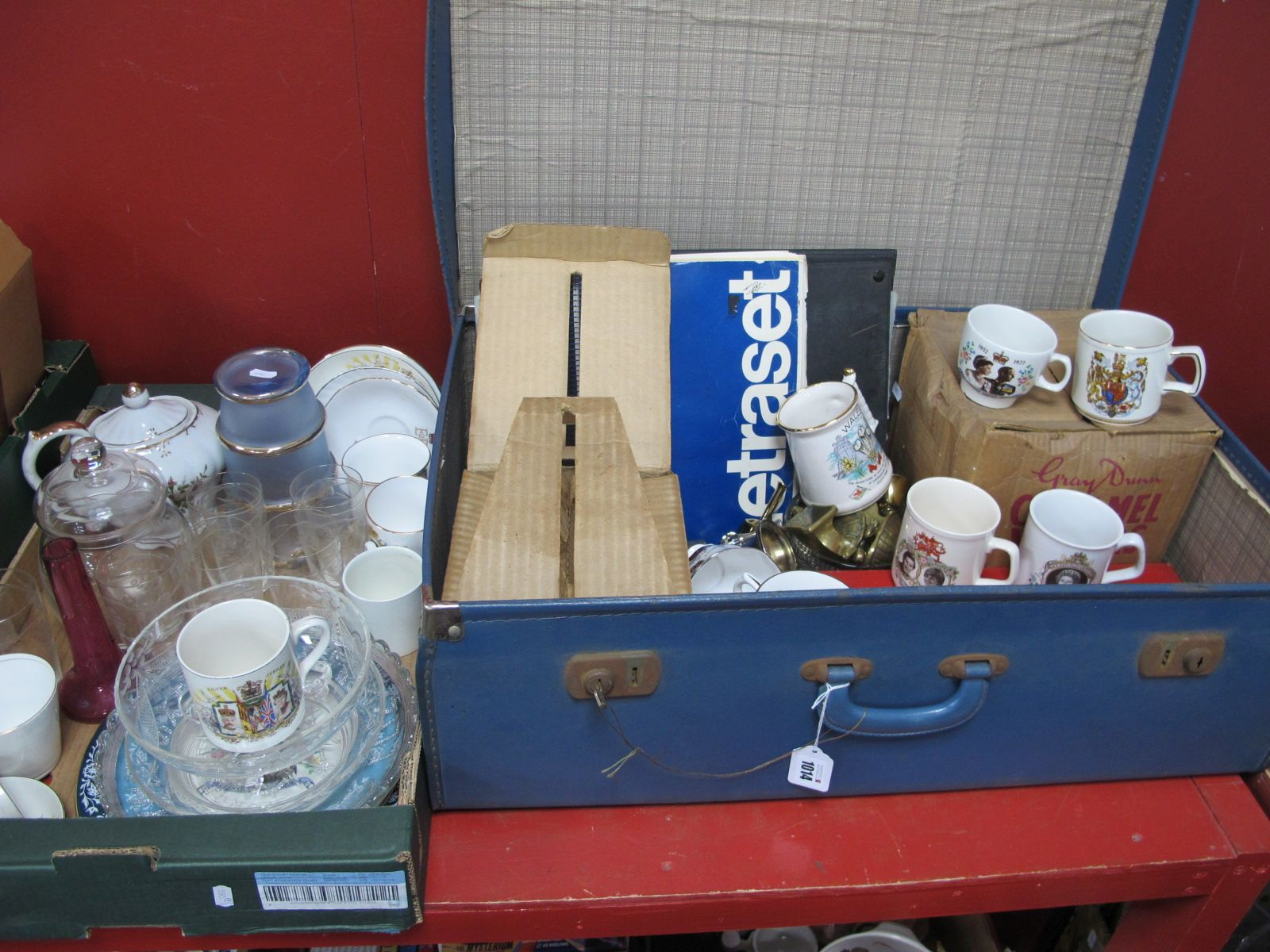 Commemorative China and Glass, Letrase, Viewmaster etc, in a case and box.