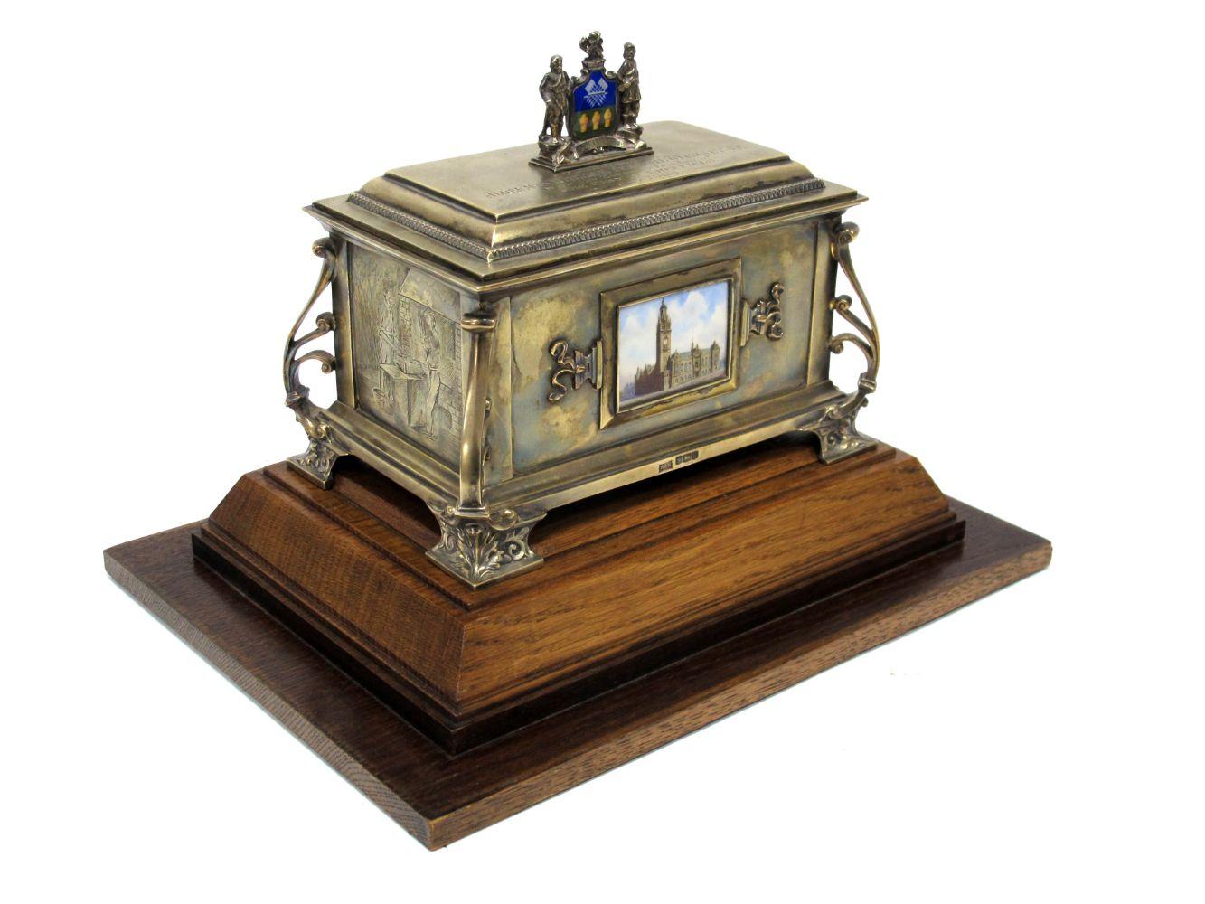 Antique & Fine Art Auction