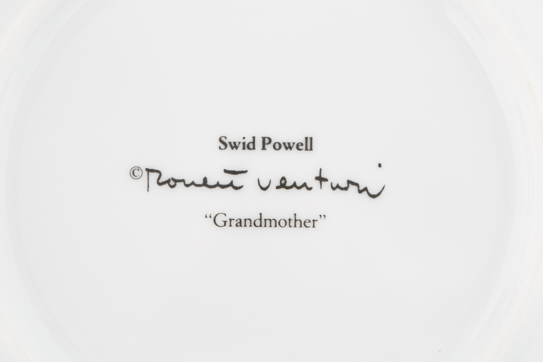1980S ROBERT VENTURI 31-PIECE 'GRANDMOTHER' PORCELAIN SERVICE - Image 19 of 19