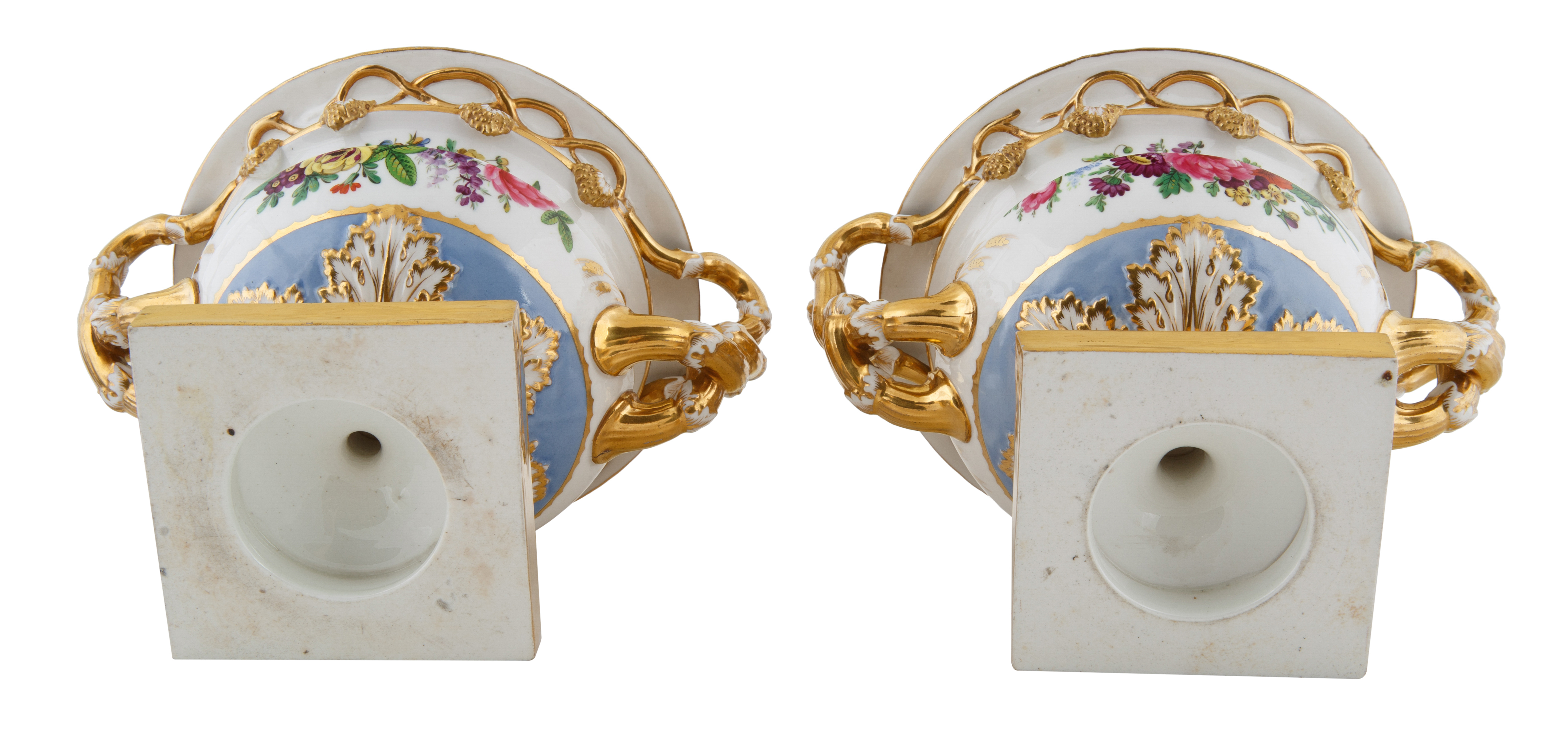 CONTINENTAL PORCELAIN COVERED URNS - Image 3 of 3