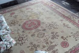LARGE EARLY 20TH-CENTURY INDIAN CARPET