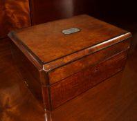 19TH-CENTURY MAHOGANY JEWELLERY BOX