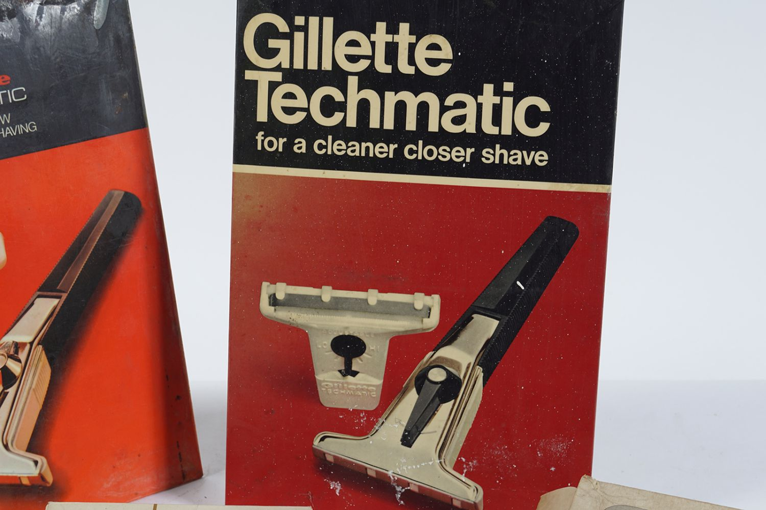 GILLETTE TECHMATIC SELF- STANDING SIGN - Image 4 of 6