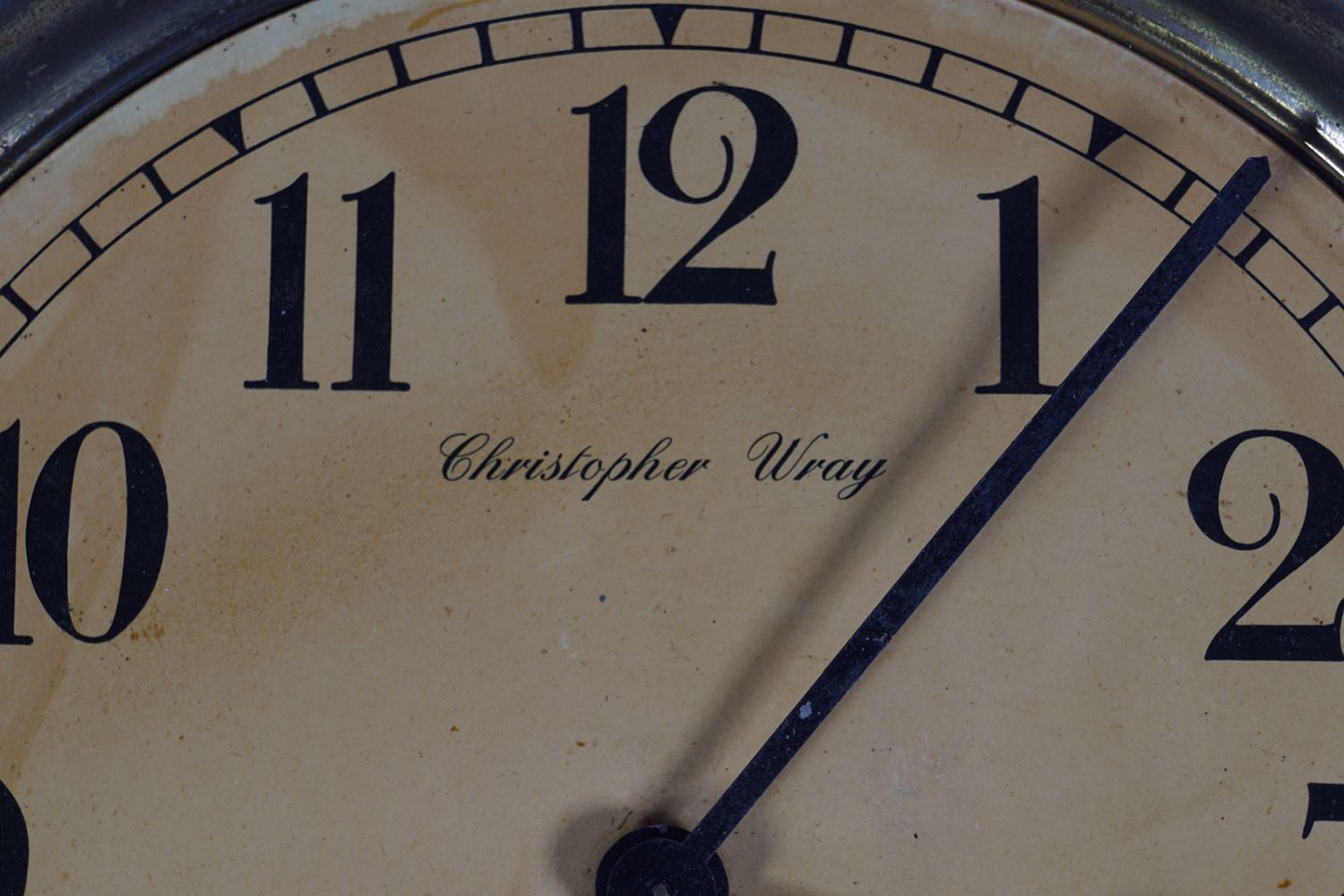 CHRISTOPHER WRAY BRASS CASED CLOCK - Image 2 of 5
