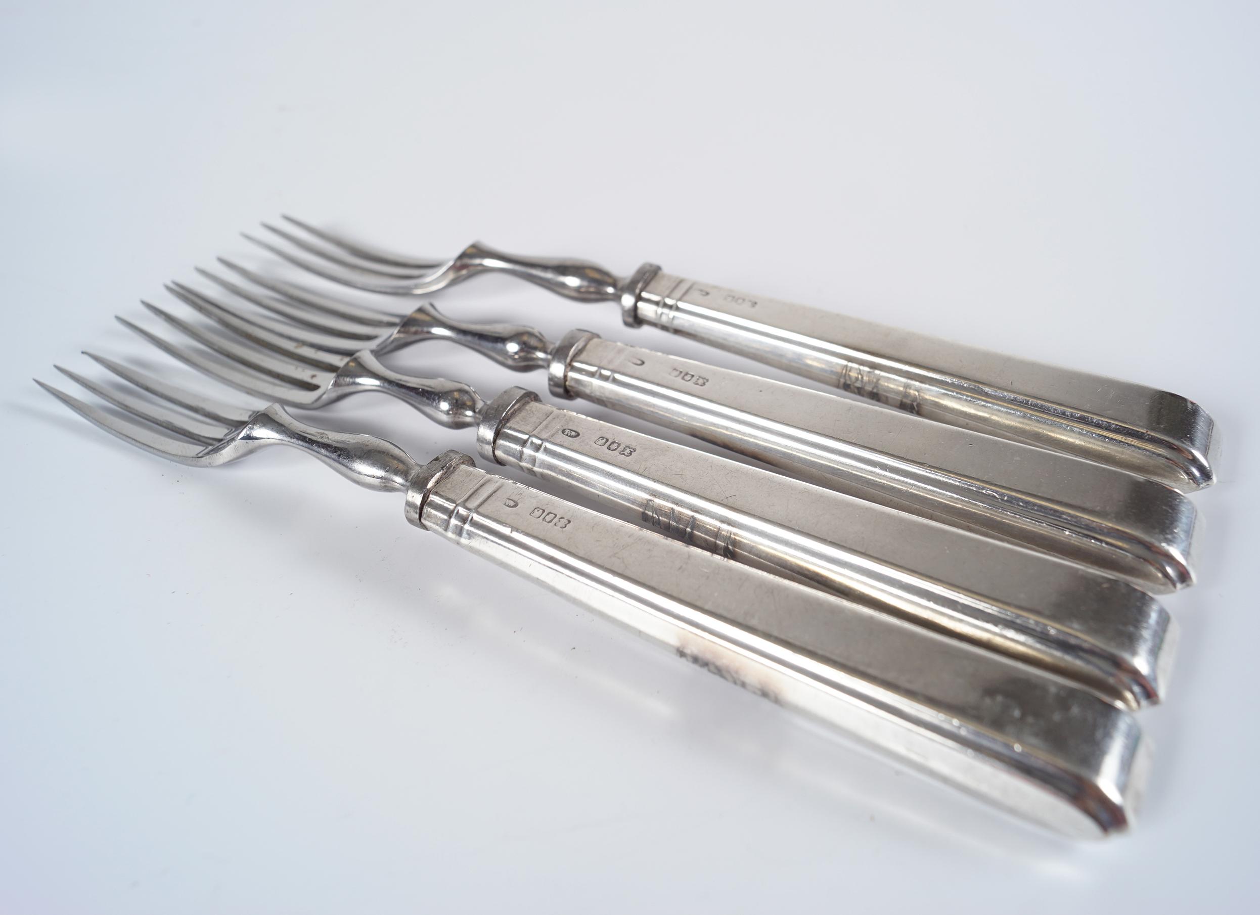 4 SILVER HANDLED FRUIT FORKS - Image 2 of 3