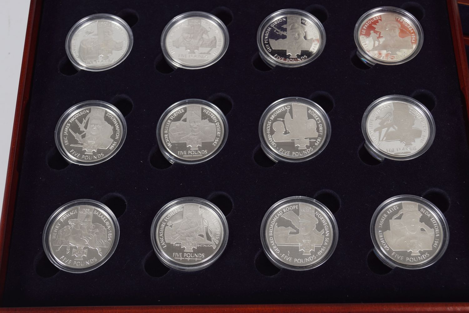 18 SILVER VC - Image 2 of 6