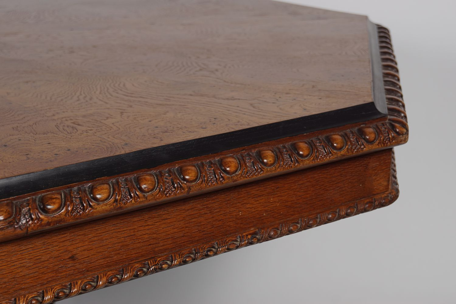 IMPORTANT WILLIAM IV OAK DINING TABLE - Image 7 of 7