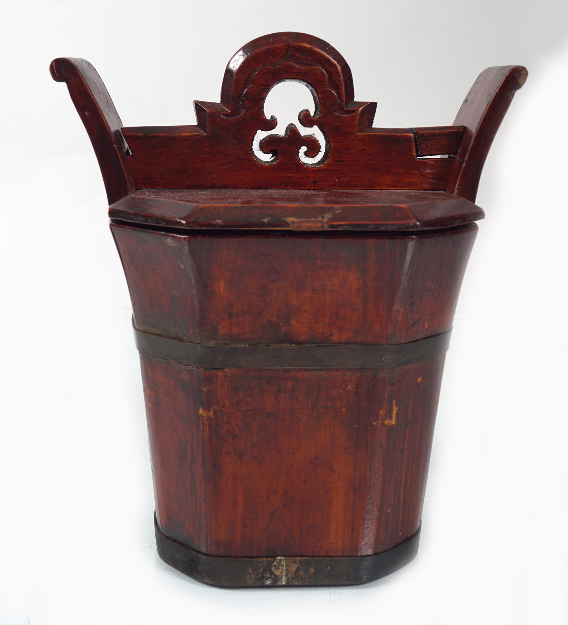 19TH-CENTURY CHINESE BRASS BOUND BOX