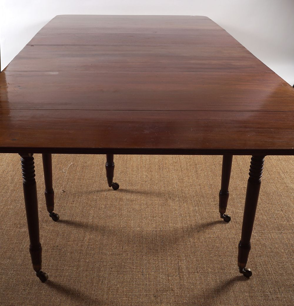 REGENCY PERIOD MAHOGANY DINING TABLE - Image 5 of 8