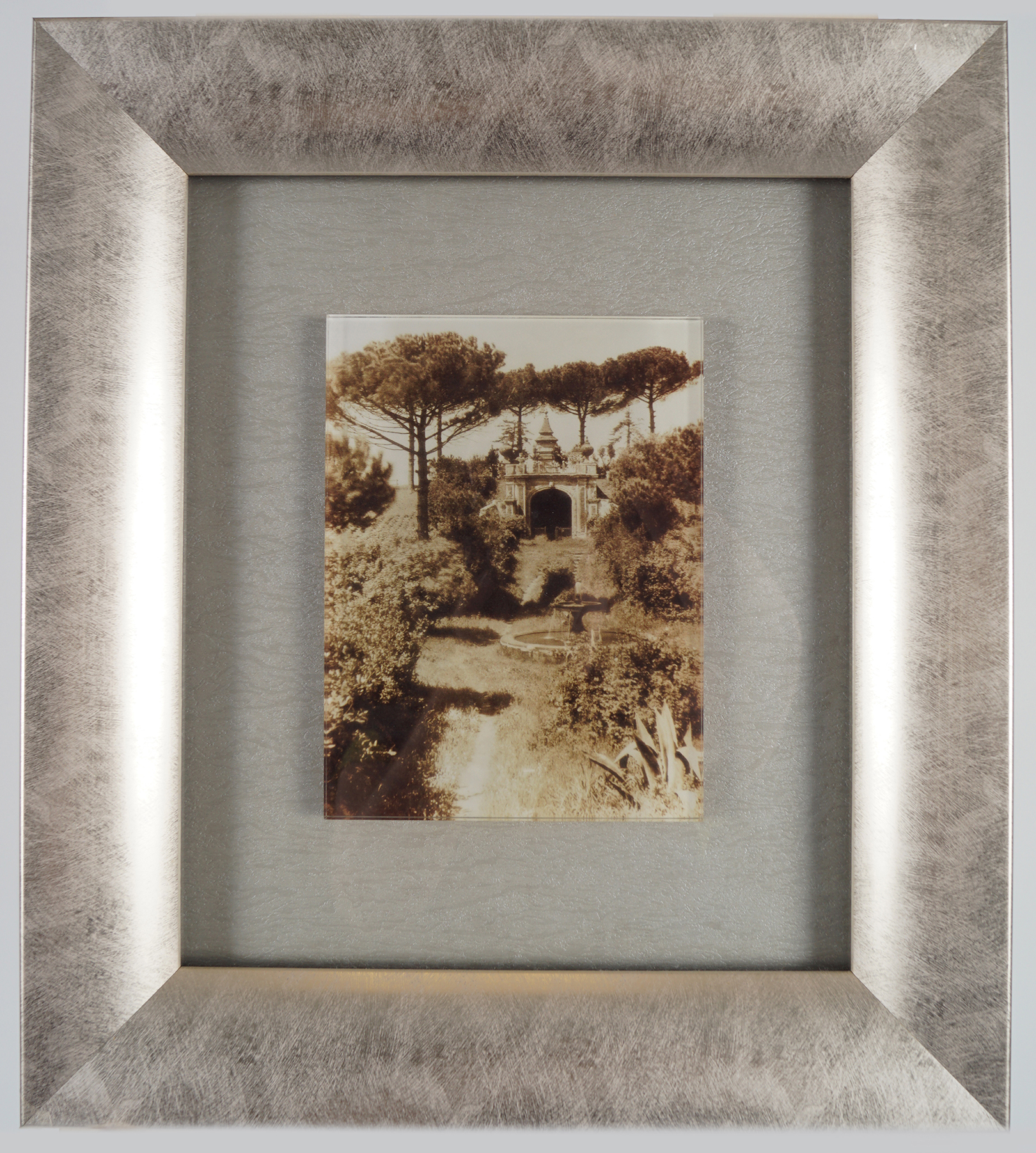 PAIR OF MOUNTED PHOTOGRAPHS