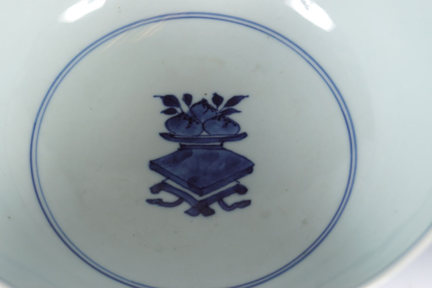 PAIR OF CHINESE BLUE AND WHITE BOWLS - Image 5 of 6