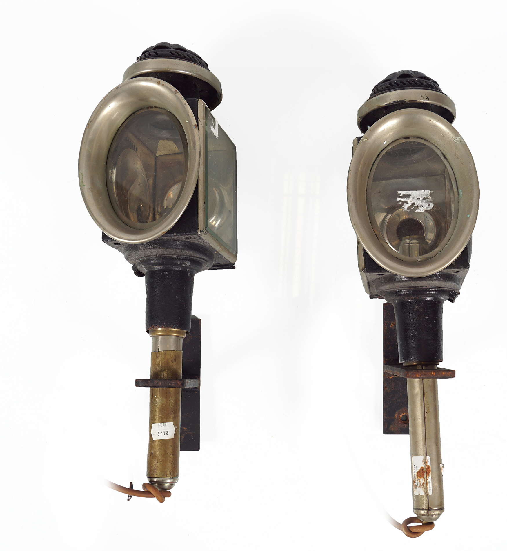 PAIR OF 19TH-CENTURY CARRIAGE LAMPS