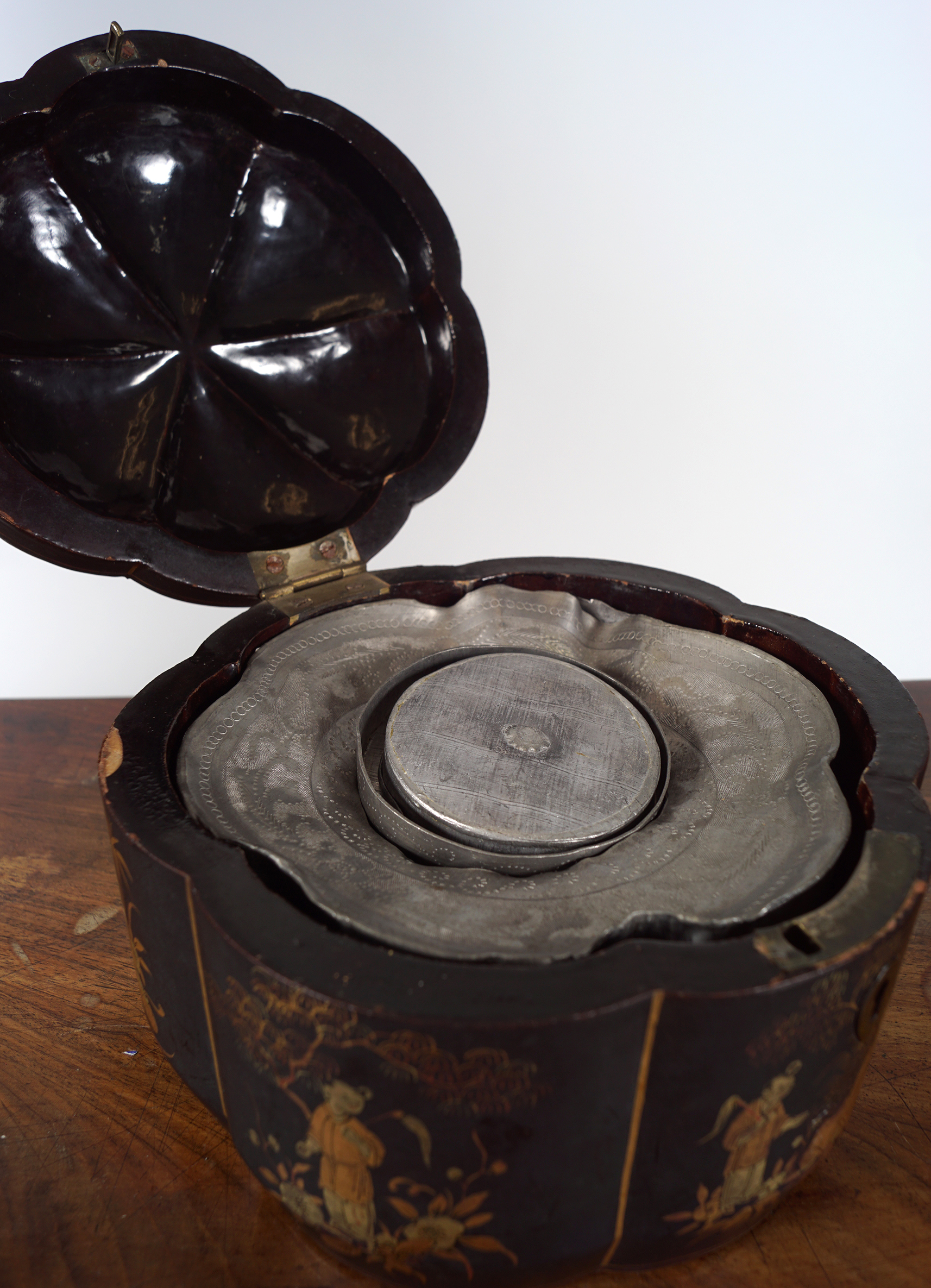 19TH-CENTURY LACQUERED TEA CADDY - Image 2 of 2